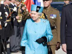 REPORTAGE PHOTOS : La reine Elizabeth II a sorti ses plus belles tenues, même celles de... 20 ans d'âge !