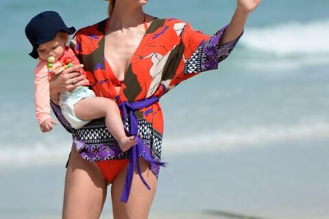 Michelle Hunziker : Divine en bikini, ses fillettes chouchoutées à Dubaï