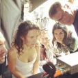 La chanteuse et comédienne Lorie Pester sur le tournage de Meurtre à Grasse, mercredi 6 avril 2016.