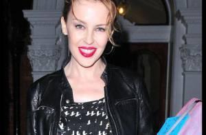REPORTAGE PHOTOS : Kylie Minogue, de jour comme de nuit, elle est par-faite !