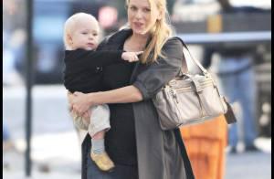 REPORTAGE PHOTOS : Naomi Watts, très enceinte et épanouie avec son fils trop mignon !