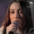 Mia, dans  Nouvelle Star 2016  (demi-finale) sur D8, le mardi 26 avril 2016.