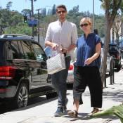 Jennie Garth amoureuse et... voluptueuse : Elle s'épanouit avec Dave Abrams