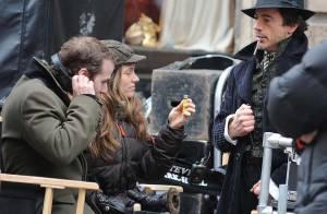REPORTAGE PHOTOS : Découvrez le Sher...look de Robert Downey Jr., dirigé par un Guy Ritchie bien...  cool !
