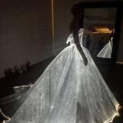 Met Gala 2016 : Claire Danes met tout le monde K-O avec sa robe électrique !