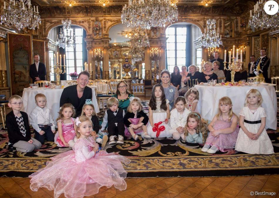 image du go ter d 39 anniversaire pour les 2 ans de la princesse leonore de su de organis par sa. Black Bedroom Furniture Sets. Home Design Ideas