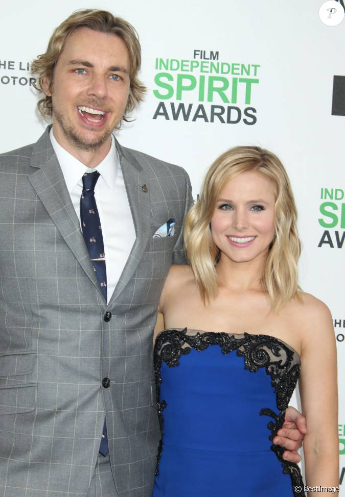 kristen bell dax shepard tapis rouge film independent spirits awards los angeles le 01. Black Bedroom Furniture Sets. Home Design Ideas