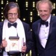 Jean-Pierre Léaud avec la Palme d'or d'honneur du Festival de Cannes 2016.