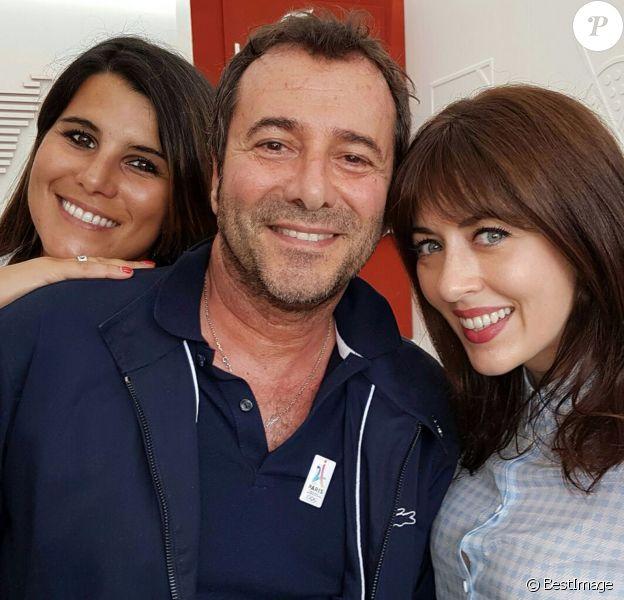 Exclusif - Karine Ferri, Bernard Montiel et Nolwen Leroy à l'espace Lacoste du village des internationaux de tennis de Roland Garros le 27 mai 2016.