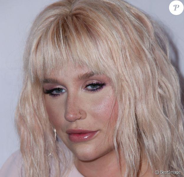 Kesha (Ke$ha) à la soirée de Gala de The Humane Society of the United States' to the Rescue aux Paramount Studios à Hollywood, le 7 mai 2016