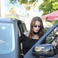 Bella Hadid et son père Mohamed Hadid au restaurant Via Alloro à Beverly Hills. Los Angeles, le 18 juin 2016.