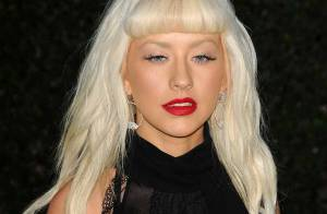 REPORTAGE PHOTOS : Christina Aguilera a de beaux yeux, mais n'a plus... de sourcils !
