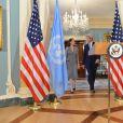 Angelina Jolie et John Kerry en conférence de presse lors de la journée mondiale des réfugiés à Washington le 20 juin 2016.