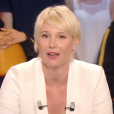 """Les adieux de Maïtena Biraben dans """"Le Grand journal"""" de Canal+. Le 24 juin 2016."""