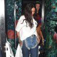 Rihanna quitte la boîte de nuit Drama à Londres, le 27 juin 2016.