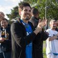 Le chanteur Grégoire lors du tournoi de football Media Cup, un tournoi par équipe de production ou chaine de télévision, à Meudon. Le 2 juillet 2016
