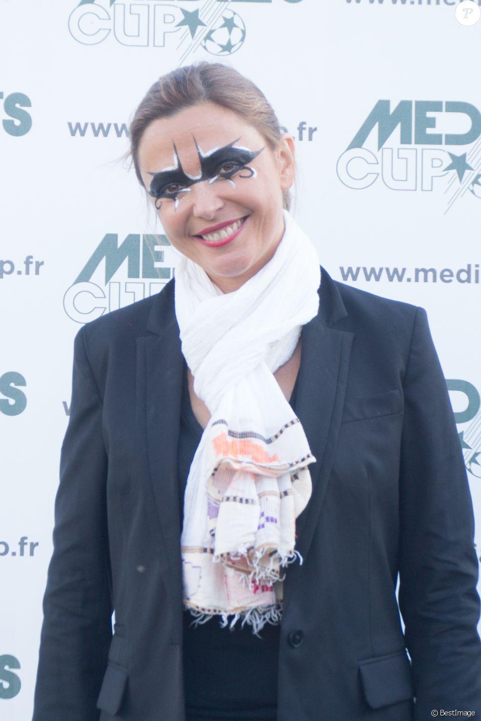 Sandrine Quétier (du groupe The Jokers) lors du tournoi de football Media Cup, un tournoi par équipe de production ou chaine de télévision, à Meudon. Le 2 juillet 2016
