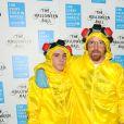 Guy Ritchie et son fils Rocco à la Soirée du bal d'Halloween pour l'UNICEF à Londres le 30 octobre 2014.