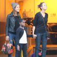 Exclusif - Mercy James ( Fille de Madonna ) rend visite a sa mere dans un studio de danse a West Hollywood Los Angeles, le 25 Janvier 2014