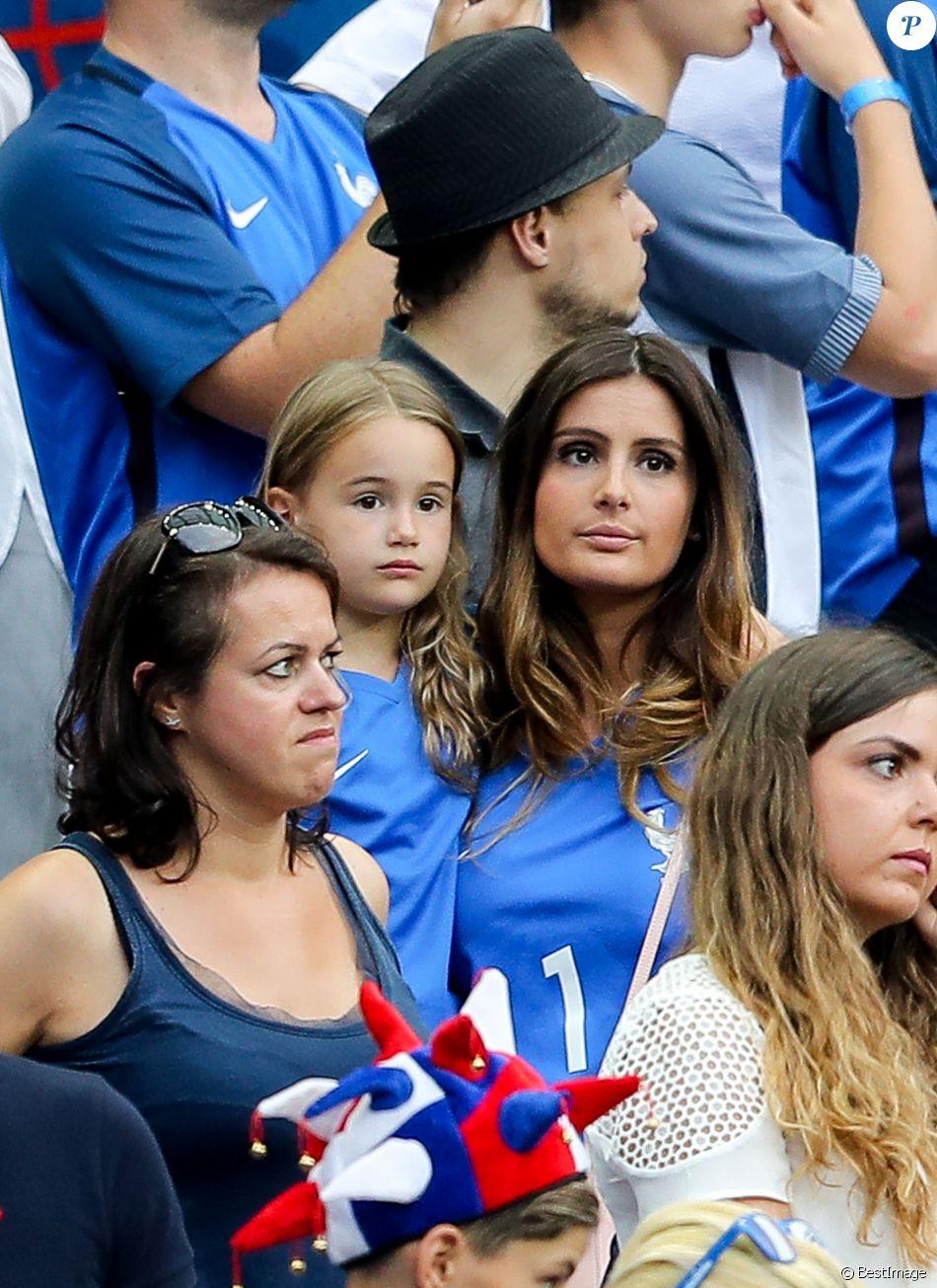 Assez Marine Lloris (La Femme de Hugo Loris) et sa fille Anna-Rose lors  PT08