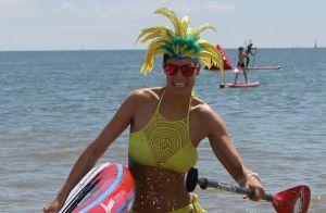 Laury Thilleman se dévoile en bikini pendant ses vacances : Ses abdos fascinent