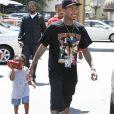 Tyga emmène son fils King Cairo Stevenson déjeuner au restaurant Genwa Korean BBQ. Los Angeles, le 19 juillet 2016.