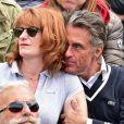 Gérard Holtz et sa femme Muriel Mayette - People dans les tribunes lors du tournoi de tennis de Roland-Garros à Paris, le 28 mai 2015.