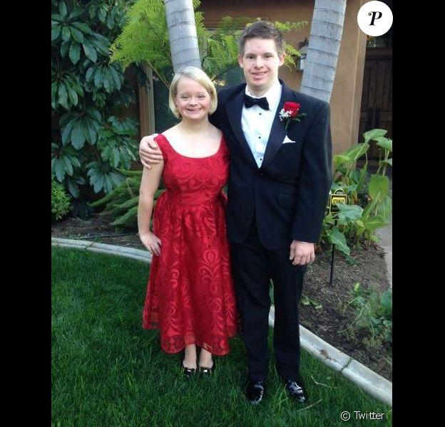 Lauren Potter et son fiancé. Photo postée par l'actrice sur Twitter le 28 février 2016.