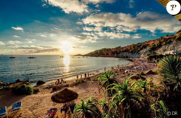 Ibiza, une île qu'apprécient particulièrement les footballeurs en vacances, à l'instar de Cristiano Ronaldo.