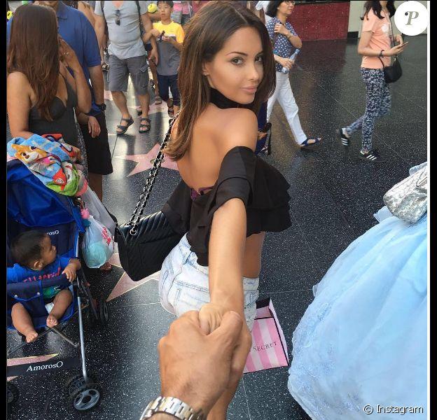 Nabilla sur le Walk of Fame à Hollywood avec Thomas le 5 août 2016... Photo Instagram