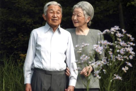 Akihito du Japon et son déclin physique : L'allocution historique de l'empereur