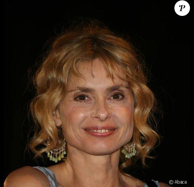 Maryam DAbo Signed James Bond 007 Living Daylights Dorian