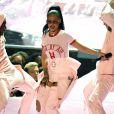 Rihanna sur la scène des MTV Video Music Awards 2016 au Madison Square Garden le 28 août 2016 à New York
