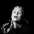 Jessie J. reprend le titre Where Is The Love? des Black Eyed Peas. Image extraite d'une vidéo publiée sur Youtube, le 1er septembre 2016