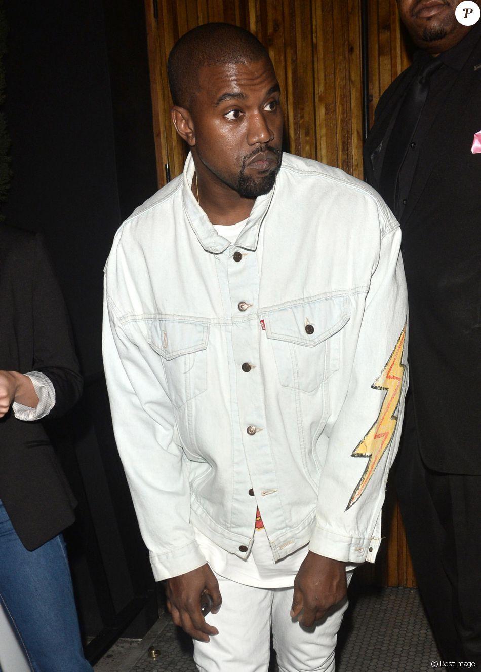 Kanye West arrive au restaurant le Nice Guy à West Hollywood le 15 juillet 2016.