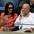 Bruce Willis et sa femme Emma lors des demi-finales hommes à l'US Open à New York le 9 septembre 2016.