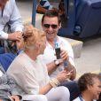 Hugh Jackman et sa femme Debora-Lee Furness lors des demi-finales hommes à l'US Open à New York le 9 septembre 2016.