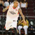 Chris Brown lors du match caritatif de basketball Power 106 All Stars à Los Angeles, le 11 septembre 2016.
