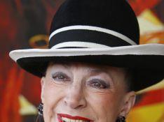 Geneviève de Fontenay : Une entrée triomphale... ça va décoiffer !