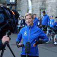 """La comtesse Sophie de Wessex au départ le 19 septembre 2016 de son périple à vélo, le """"DofE Diamond Challenge"""", depuis le palais Holyroodhouse à Edimbourg jusqu'au palais de Buckingham, pour le 60e anniversaire du Duke of Edinburgh's Award Scheme."""