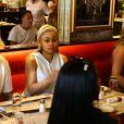 Blac Chyna enceinte et son fiancé Rob Kardashian sont allés déjeuner dans le quartier de Havana 1957 à Miami, le 12 mai 2016