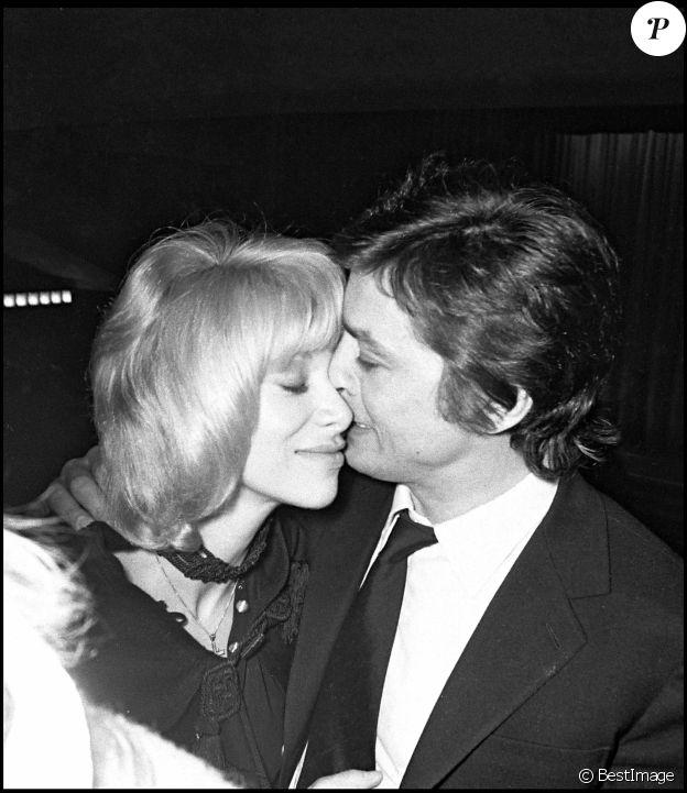 Alain Delon et Mireille Darc en 1971