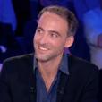 """Raphaël Glucksmann bousculé par Yann Moix au sujet de Léa Salamé dans """"On n'est pas couché"""" sur France 2. Le 1er octobre 2016."""