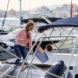 Exclusif - Nico Rosberg, sa femme Vivian Sibold et leur fille Alaïa se baladent en bateau à bord du Kimax. Ibiza, Espagne, le 23 septembre 2016.