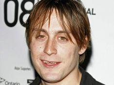 Le petit frère de Macauley Culkin, très amoureux...