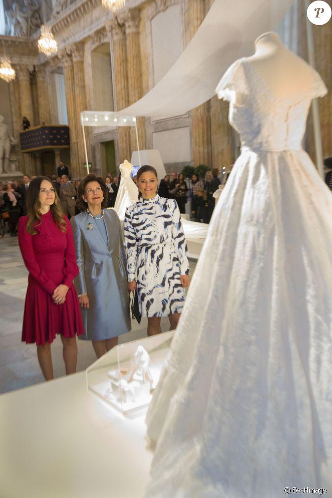 La reine silvia de su de la princesse victoria et la for Code de robe de mariage de palais de justice