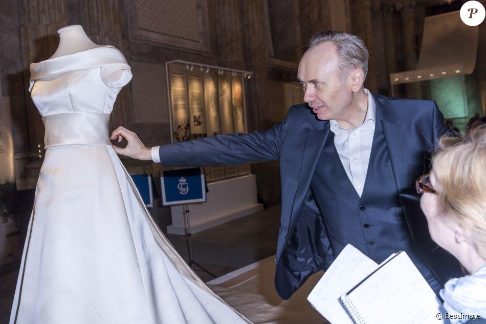 Par engsheden a cr la robe de mari e de la princesse for Code de robe de mariage de palais de justice