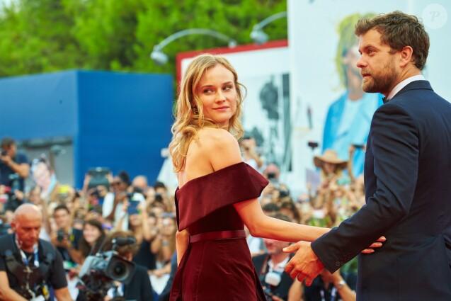 Diane Kruger et son compagnon Joshua Jackson - Tapis rouge du film Black Mass (Strictly Criminal) lors du 72e festival du film de Venise (la Mostra), le 4 septembre 2015.