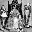 La reine Elisabeth II lors de son couronnement en l'abbaye de Westminster, le 2 juin 1953.