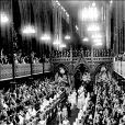 Fin de la cérémonie du couronnement de la reine Elisabeth II, le 2 juin 1953 en l'abbaye de Westminster.